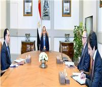 الرئيس السيسي يتابع مع مدبولي وعامر منظومة العمل المصرفي والنقدي