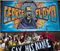 """تحت ضغط الشارع.. القضاء الأميركي يعيد تصنيف """"جريمة فلويد"""""""