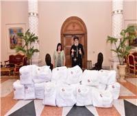 الكنيسةالقبطية تقدم ملابس واقية للأطقم الطبية المعالجة لكورونا