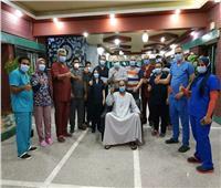 مستشفى قنا العام تعلن خروج أول حالة تعافٍ من كورونا