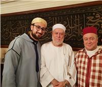 الشيخ علي جمعة وفرقة ابن عربي ينعيان شيخ الصوفية المغربي محمد بن المختار الوزاني