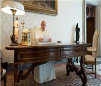 البابا فرنسيس يجري اتصالا برئيس أساقفة لوس انجلوس