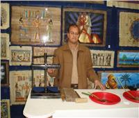 من النقش على الحجر للكتابة على البــــردي إبداعات المصري القديم