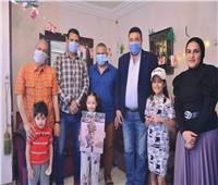 صور| منطقة الإسماعيلية للميني فوتبول تكرم أسرة الشهيد عمرو وهيب