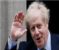 رئيس الوزراء البريطاني يدعو لإنهاء الاحتجاجات لخرقها قواعد «التباعد الاجتماعي»