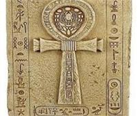 علامة «عنخ» وسر ارتباطها بالحبل السري للجنين