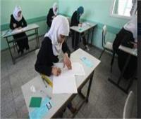 التعليم توجه بامتصاص قلق طلاب الثانوية العامة.. وتؤكد على حضورهم في الثامنة صباحا
