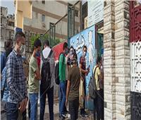 فيديو وصور | بدء دخول الطلاب للجان بمدرسة التوفيقية الثانوية بشبرا