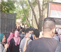 المشرف على امتحانات الثانوية العامة بالإسكندرية يخفى أن نجلته تخوض الإمتحانات