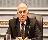 وزير الرى يبحث توفير الاحتياجات المائية لموسم أقصى الاحتياجات