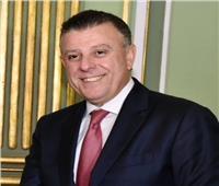 رئيس جامعة عين شمس يكرم أساتذة الألسن الحاصلين على مكافأة النشر