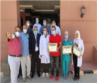 صور  نقابة الأطباء بمطروح تدعم مستشفى العزل في النجيلة