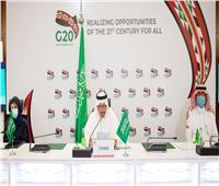 وزير التعليم السعودي: نطور المحتوى.. والحلول الرقمية للتخفيف من جائحة كورونا