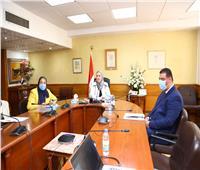 «القباج» تستعرض جهود وزارة التضامن في التخفيف من الآثار الاجتماعية لأزمة كورونا