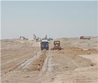 جهاز بني سويف الجديدة: جارٍ تنفيذ أعمال المرافق لقطع أراضي الإسكان المتميز بالمدينة