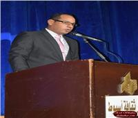 «عبد الرازق» الشعر المسرحي لا يقل أهمية عن صنوف الأدب الأخرى ويواجه تحديات