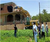 تنفيذ 3699 حالة إزالة لمخالفات بناء وتعديات على الأراضى في أسيوط