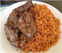طبق اليوم.. فلتو اللحم المشوي مع الأرز الأحمر