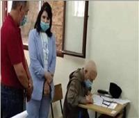 على الرغم من كورونا.. مسن يجتاز امتحان «البكالوريا»