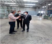 وزير الرياضة يتفقد مصنع النجيل الصناعي بعد تطويره ورفع كفاءته
