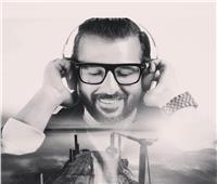 كواليس عودة كريم أبو زيد للغناء بألبوم «فكك من الناس»
