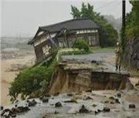 شاهد| أضرار الفيضانات في اليابان.. فرق الإغاثة تكافح للوصول لآلاف العالقين