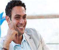 آسر ياسين يناشد زملاءه بوقف مشاهد التحرش