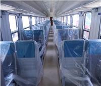 صور.. وصول دفعة جديدة من عربات القطارات الجديدة