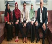 «توأم ثلاثي» يتفوق في امتحانات الثانوية العامة في فلسطين