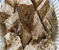 ضبط مواد غذائية منتهية الصلاحية في مخزن بشبين القناطر