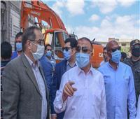 محافظ الإسكندرية يقود حملة لإزالة 3 عقارات مخالفة