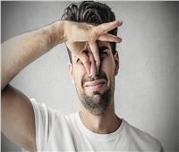 حكايات| متلازمة رائحة السمك.. شعور مؤلم بـ«العفن» تخففه وصفات العطارين