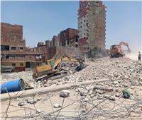 إزالة 8 عقارات مخالفة بأحياء ومراكز الجيزة