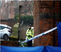 بريطانيا.. امرأة تشعل النار في نفسها خوفا من الإصابة بكورونا
