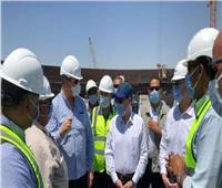 وزير البترول يتفقد مشروعات منطقة عجرود البترولية بالسويس