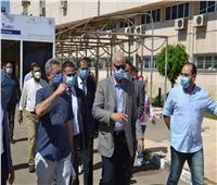 رئيس جامعة الإسكندرية يتفقد وحدة تحاليل كورونا بالمستشفى الجامعى