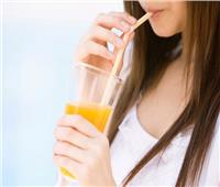 أبرزها شرب العصير.. عادات خاطئة تمنع إنقاص الوزن| فيديو