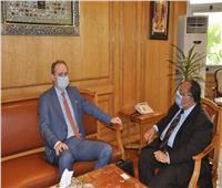 رئيس جامعة حلوان يستقبل سفير دولة بيلاروسيا