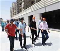 رئيس الوزراء يتفقد « منطقة الداون تاون» بمدينة العلمين الجديدة