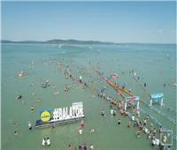 رغم كورونا..الآلاف يشاركون في أطول سباق للسباحة في المياه المفتوحة بأوروبا