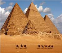فيديو| عيسى زيدان يفند إدعاءات بناء الأهرامات بواسطة كائنات فضائية