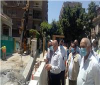صور| وزير النقل يتابع معالجة وإصلاح الركن المتضرر من عمارة الشربتلي