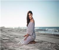 صور| رشا مهدي تتألق في جلسة تصوير بإطلالة صيفية
