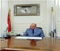 محافظ القاهرة يهنىء أوائل الثانوية العامة