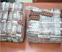 حبس صيدلي وسيدة بحوزتهما 850 قرص مخدر بداخل سيارة