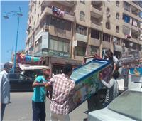 تحرير 30 محضرا والتحفظ على 150 حالة تعدعلى الأرصفة بكورنيش مطروح
