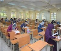 بالصور| جامعة القاهرة تواصل امتحانات الفرق النهائية بالكليات للأسبوع الخامس