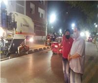 محافظ أسيوط يتفقد أعمال كشط الأسفلت القديم بشارع الثورة تمهيدًا لرصفه