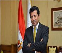 وزير الرياضة ينعي الجنايني في وفاة شقيقته
