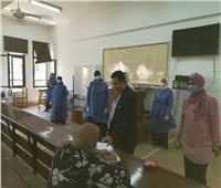 صور| نائب رئيس جامعة الأزهر يتفقد لجان امتحانات الدراسات العليا بفرع البنات